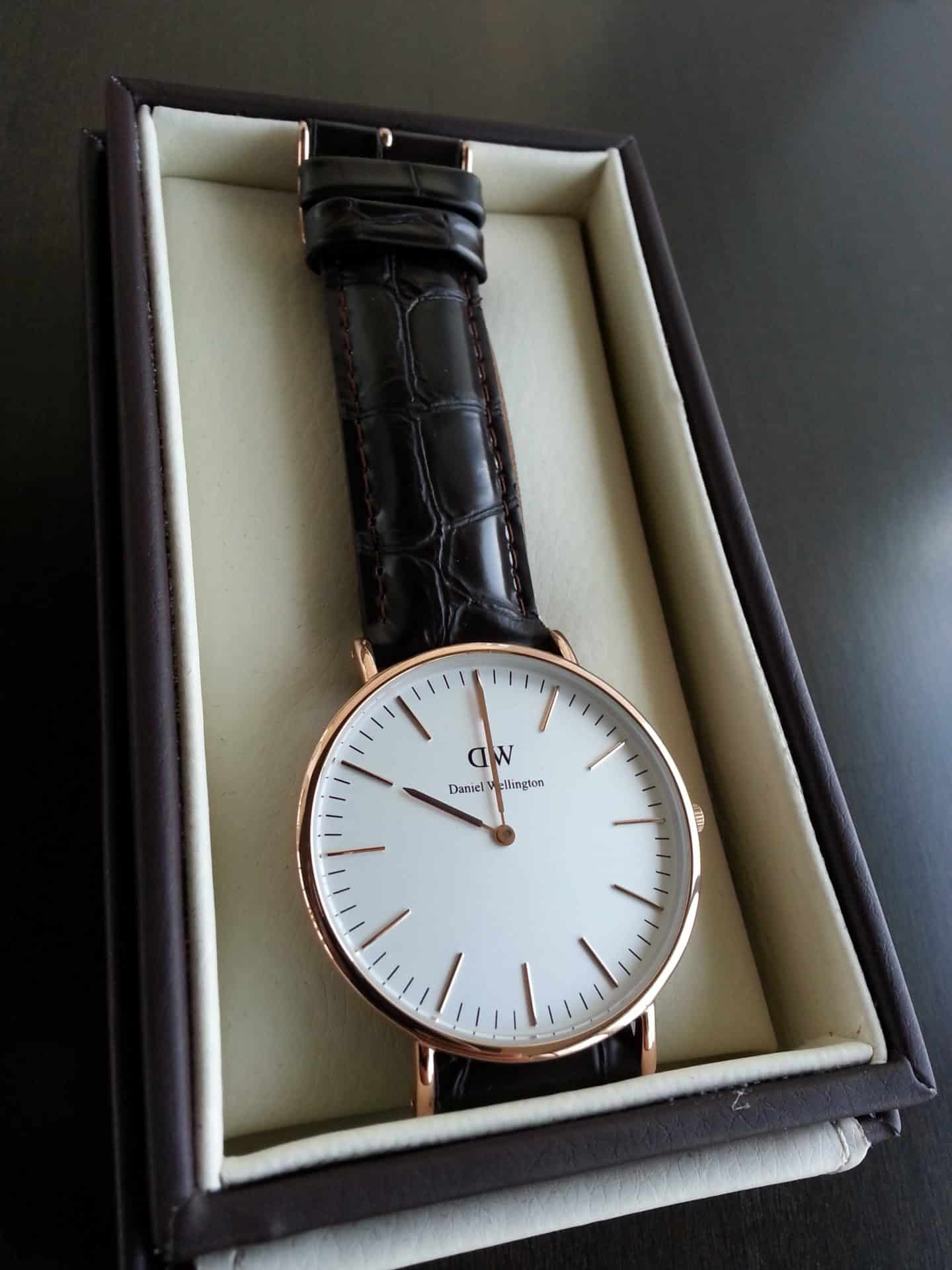 daniel wellington watch review daniel wellington watch in box